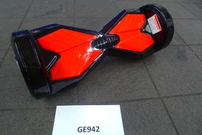 GE942 Schwarz Rot