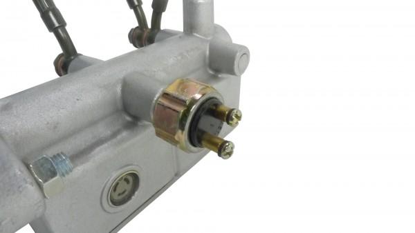 Actionbikes XY-Power-XY1100UE-UTV-Bremslichtschalter-im-Hauptbremszylinder 39313530313030392D33 01 O