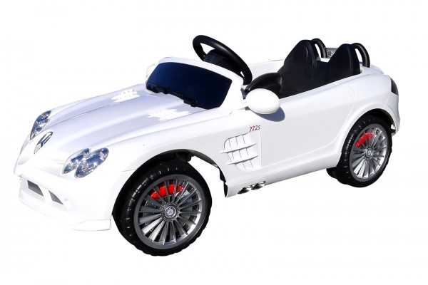 Actionbikes Mercedes-SLR Weiss 373232533032 01-Total OL 1620x1080