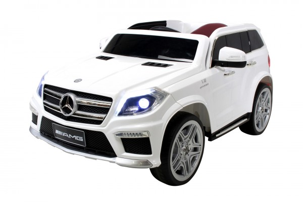Actionbikes Mercedes-GL63 Weiss 5052303031373831382D3031 total OL 1620x1080